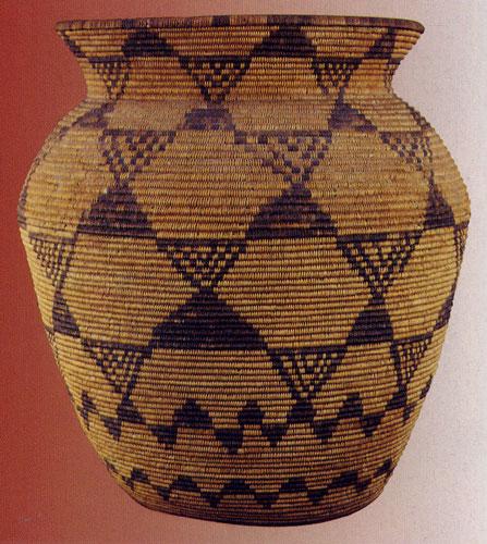 Western Apache olla, c, 1890, geometric design, 48.3x50.8 cm