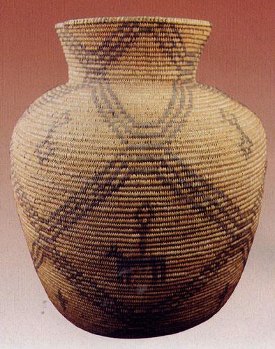Western Apache figurative olla c. 1890-1900, geometrics, dogs, men, 38.7x31.1 cm