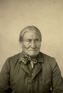 """Dunham Studio Photograph, Geronimo, c. 1904, 5.25"""" x 3"""""""