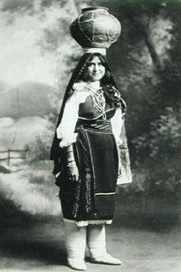 "Karl E. Moon, Loti Woman with San Juan Pot, 6"" x 4"""